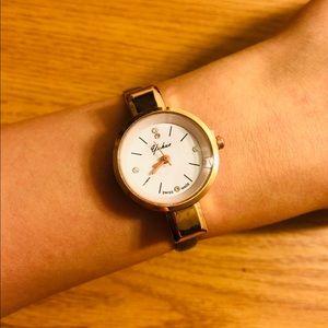 Black thin bracelet watch